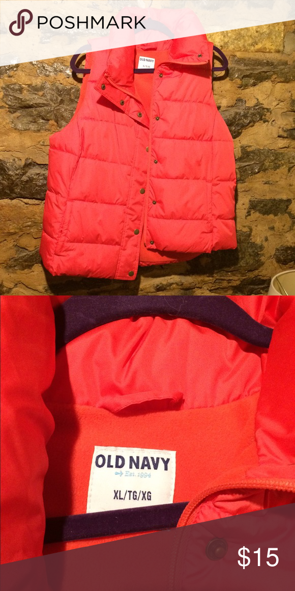 Puffer vest NWOT Old Navy Jackets & Coats Puffers