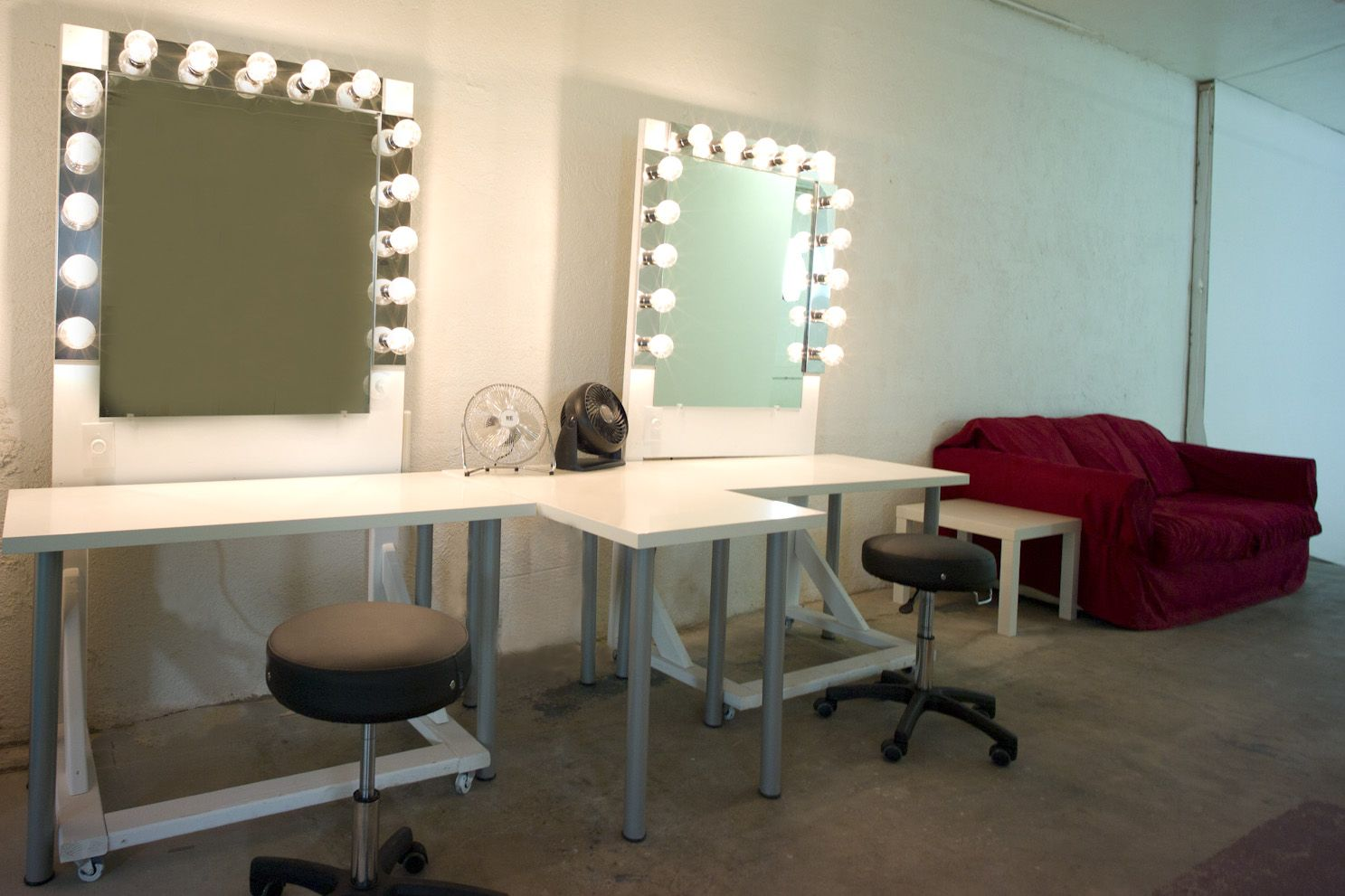 Makeup station & Makeup station | MAKEUP! | Pinterest | Salons Hair stations and ... azcodes.com