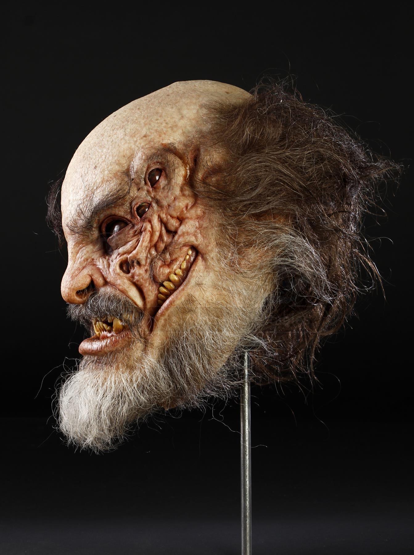 The devil 39 s advocate 1997 beared demon head price - Dessin de malefique ...