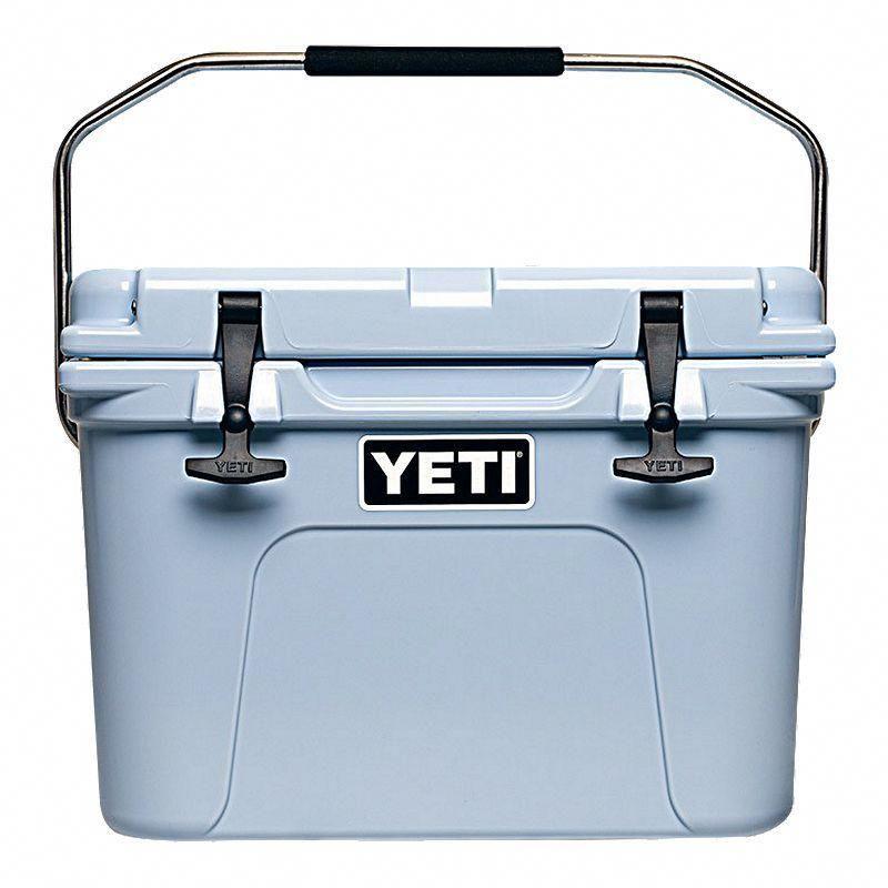 Yeti Roadie 20 Cooler Blue In 2020 Yeti Roadie Yeti Coolers Outdoor Cooler