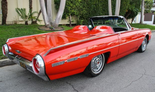 No Reserve: 1962 Ford Thunderbird Convertible