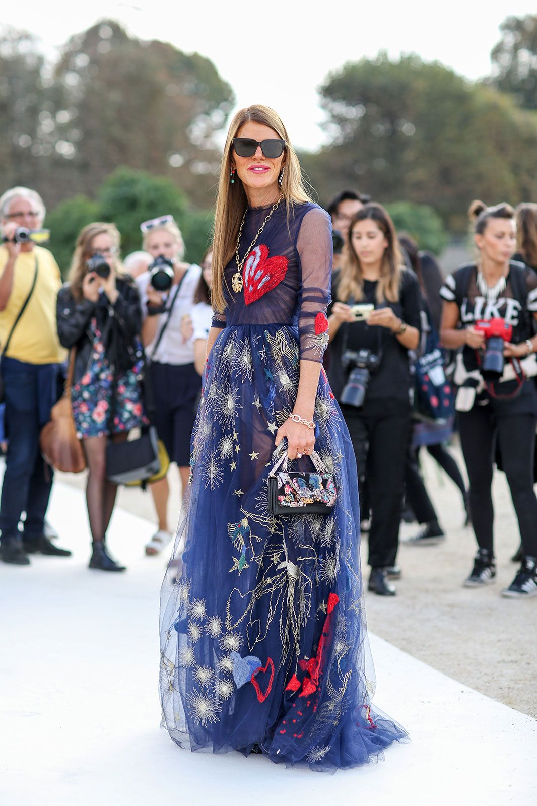 7d82a89ca1cf ... street style stars dressed during Paris Fashion Week. 80 French Style  Lessons To Learn Now #refinery29 http://www.refinery29