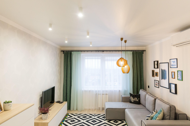 натяжные потолки фото для гостиной матовые самый