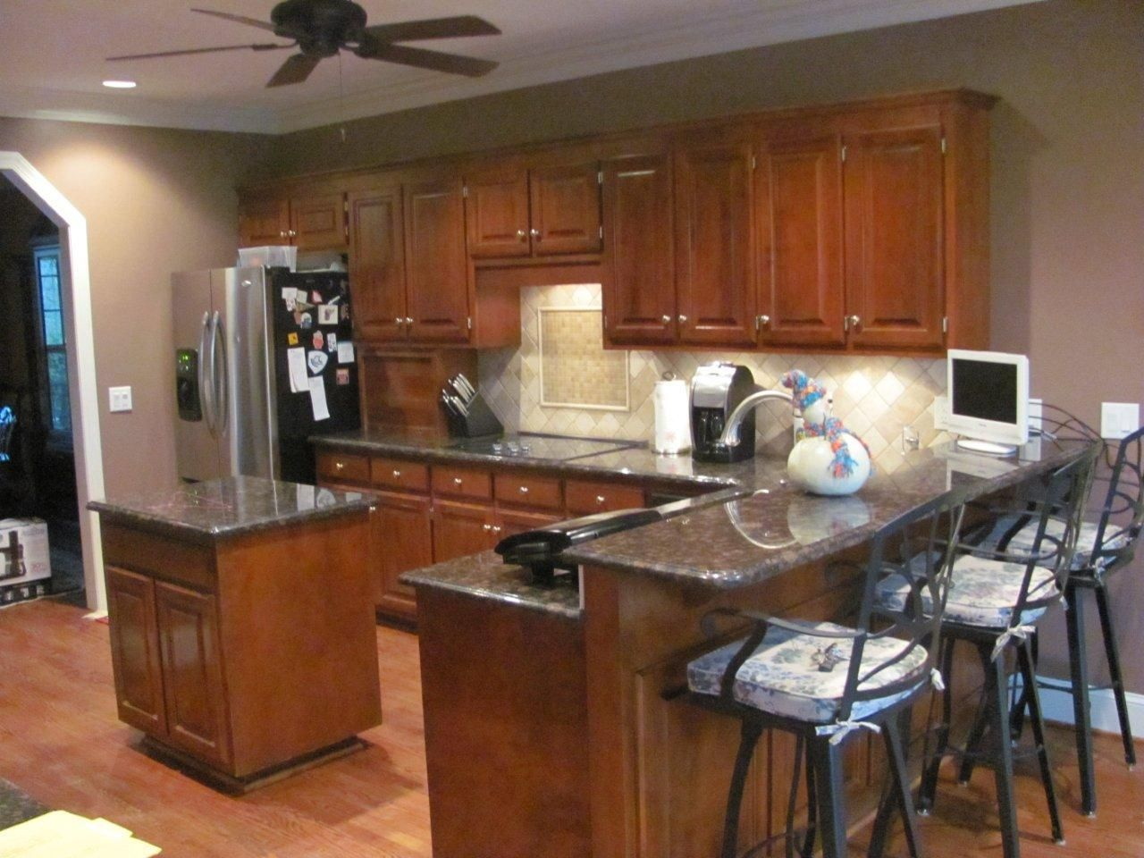 Charlotte Kitchen Remodeling With Bar And Island Sink With