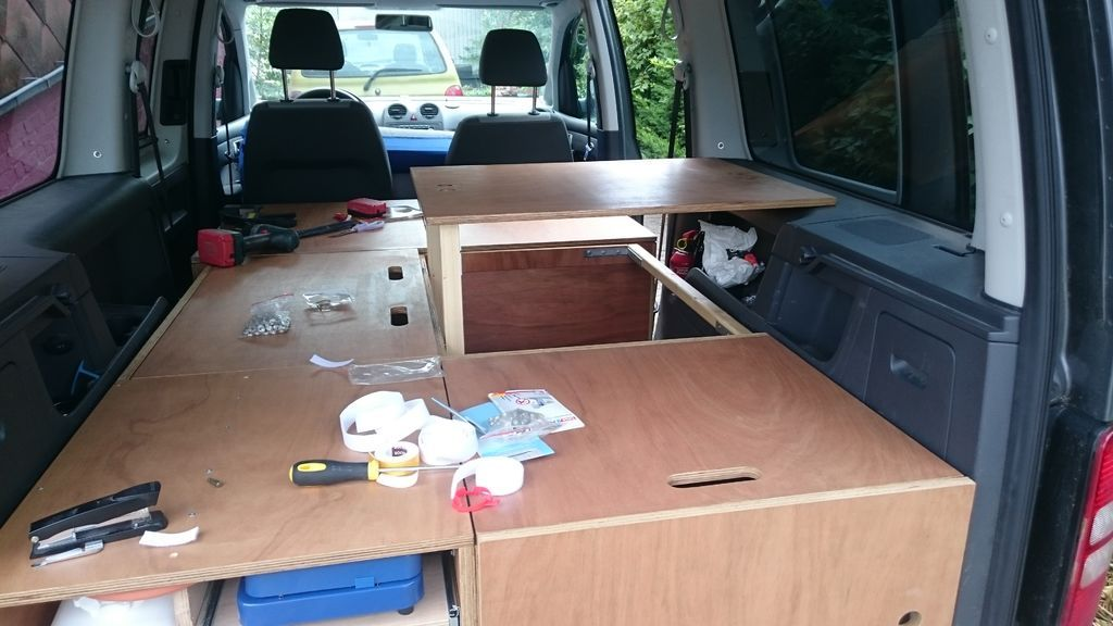 diy vw caddy maxi camper camper ausbau. Black Bedroom Furniture Sets. Home Design Ideas