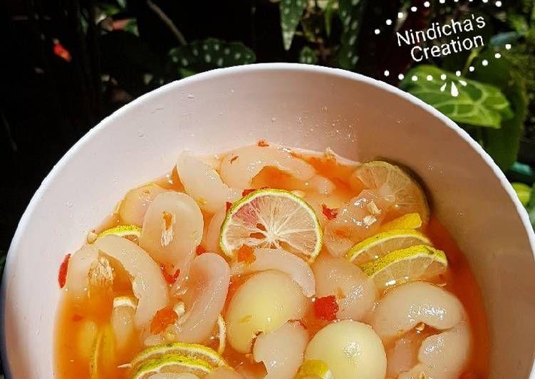 Resep Asinan Rambutan Binjai Pedas Cetar Oleh Nindicha Dwitananda Resep Ide Makanan Makanan Dan Minuman Manisan Buah