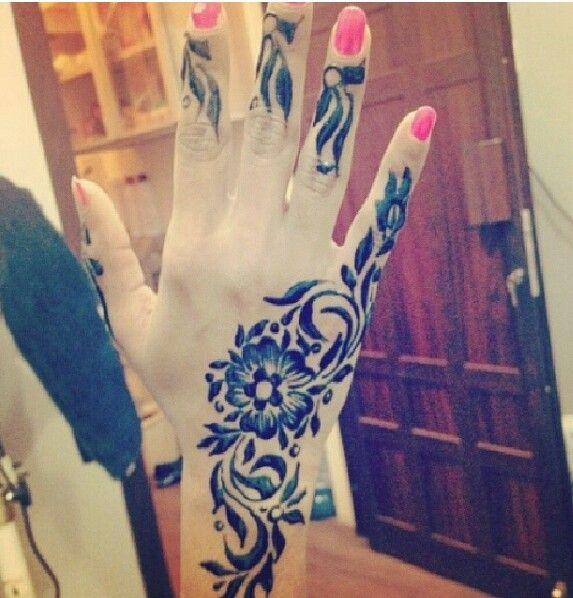 Pin By Doaa Nasser On Henna Art Henna Tattoo Mehndi Designs Henna Art