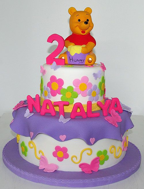 Birthday Cakes By Sugar Rush Cakes Montreal Winnie The Pooh Cakes