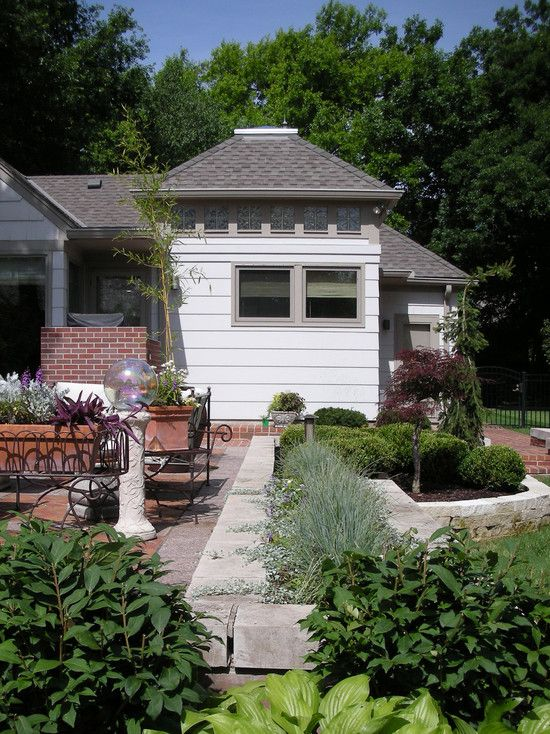 house outdoor lighting ideas design ideas fancy. Perfect Small Farmhouse Design Ideas : Traditional Patio With Fancy Outdoor Lamp Kaplan House Lighting