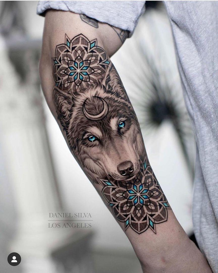 Wolf mann tattoo unterarm 99 Tribal