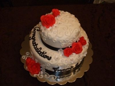 Wedding By learning2decorate on CakeCentral.com