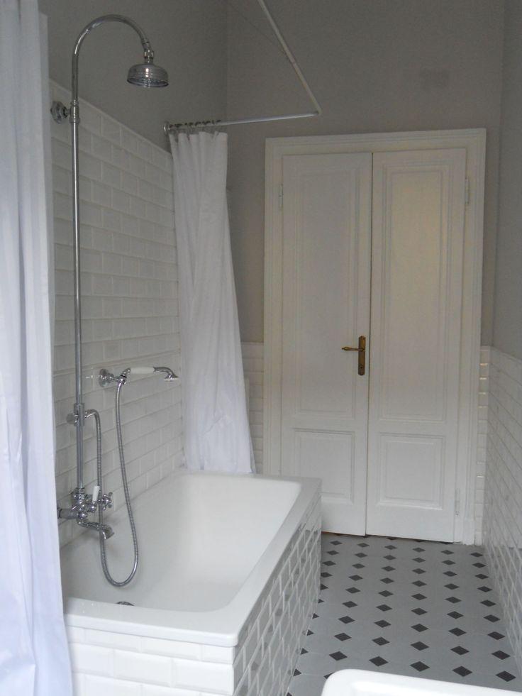 Epoque Mobili Da Bagno.Italian Bathrooms 6 Classico E Bianco In Stile Belle Epoque Nel