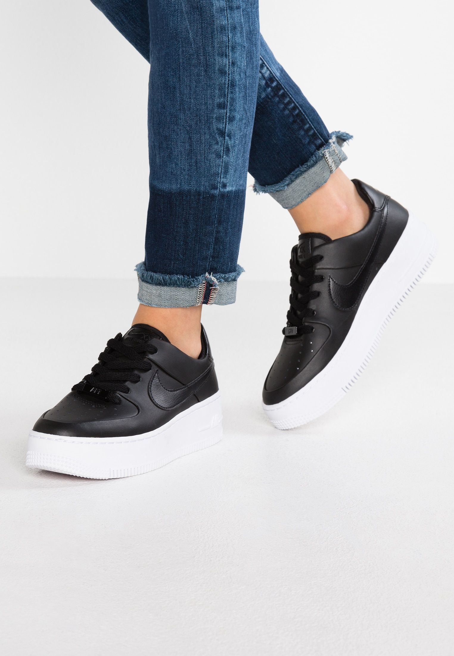 AIR FORCE 1 SAGE Baskets basses blackwhite @ ZALANDO.FR