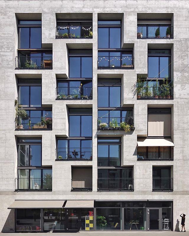 Mehr als wohnen haus g residential building pool for Modernes haus zurich