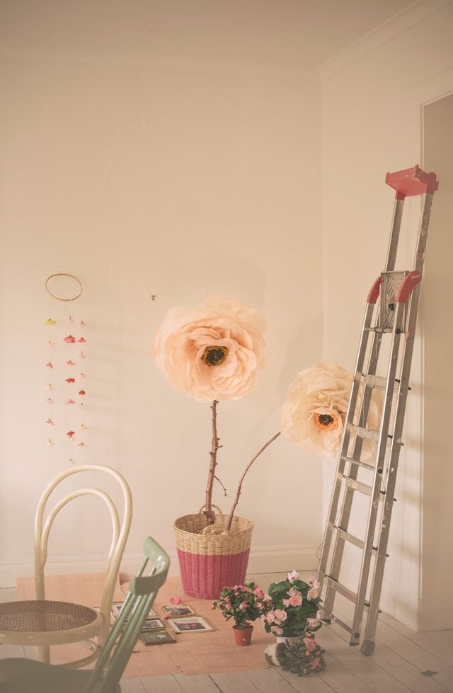 Over-sized paper flowers   Scandinavian style