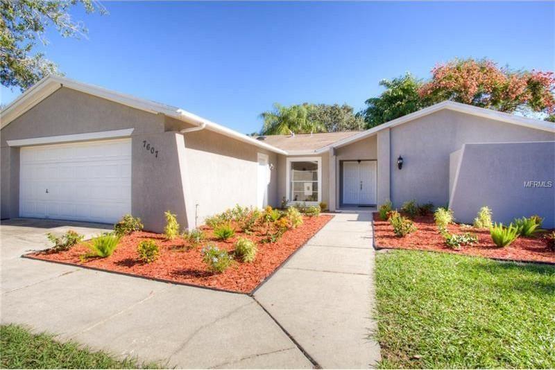 7607 Rustic Dr, Tampa, FL 33634 Florida home, Florida
