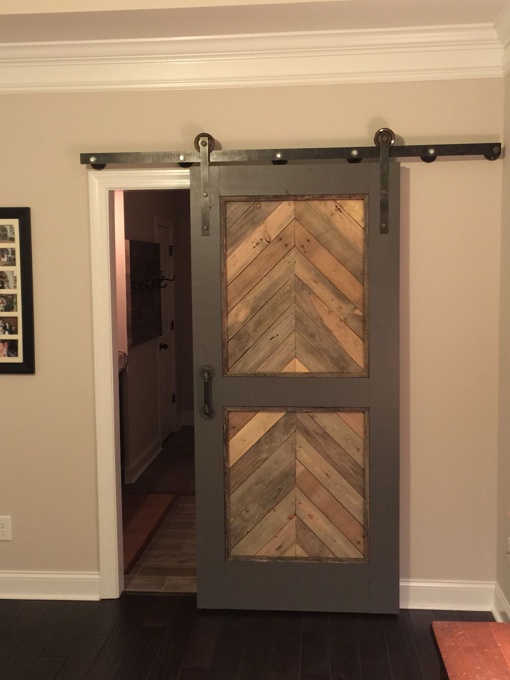 barn style door made from pallet wood