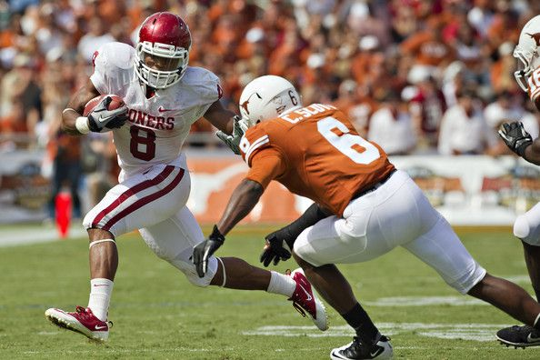 Former Ansbach High School Running Back Dominique Whaley Has Signed A Free Agent Contract With The Nfl S Free Agent The University Of Oklahoma Football Helmets
