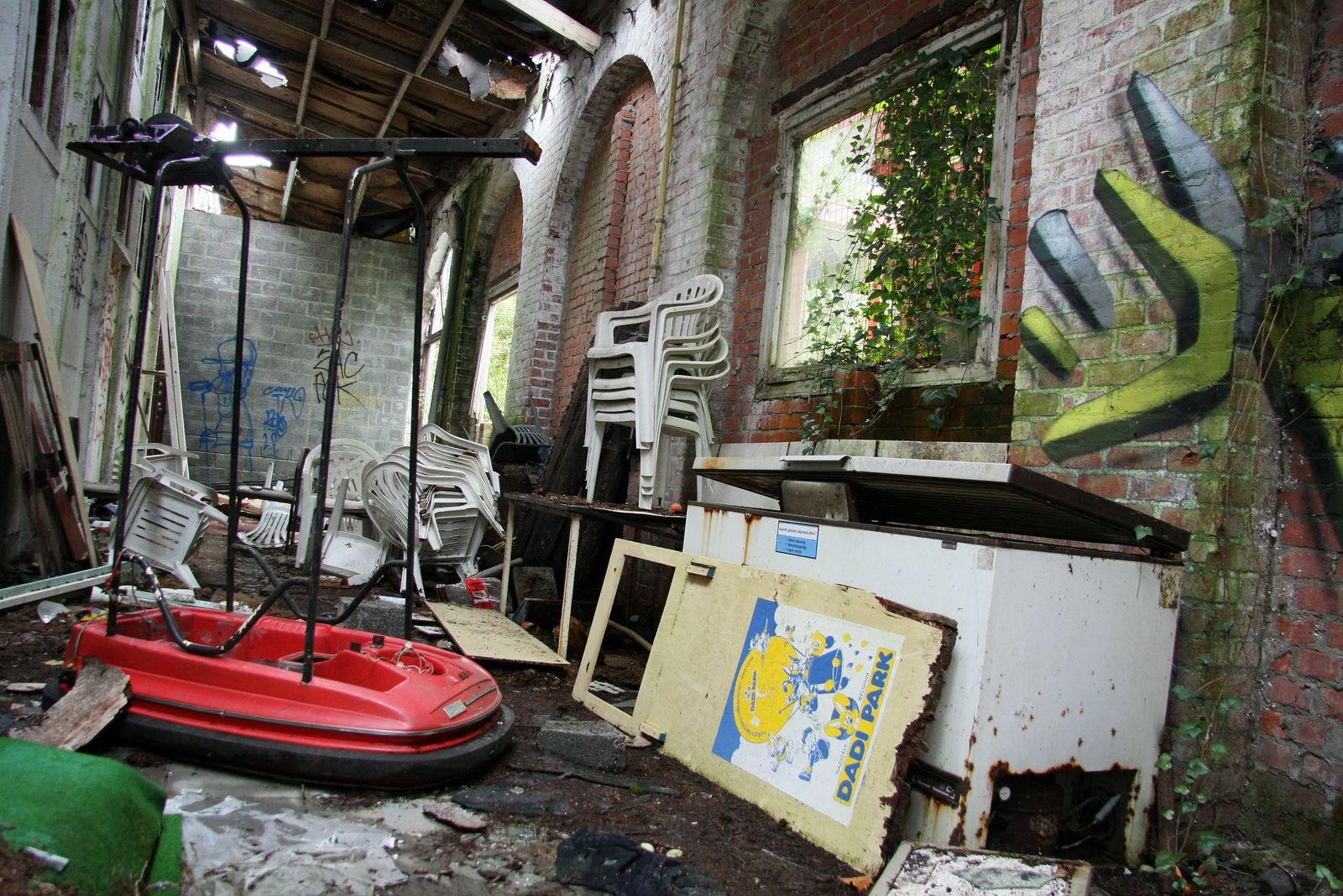 Dadipark Belgium Abandoned Theme Parks Abandoned Amusement Parks Belgium