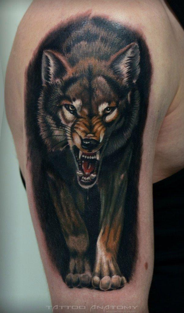 Фото тату идущий волк