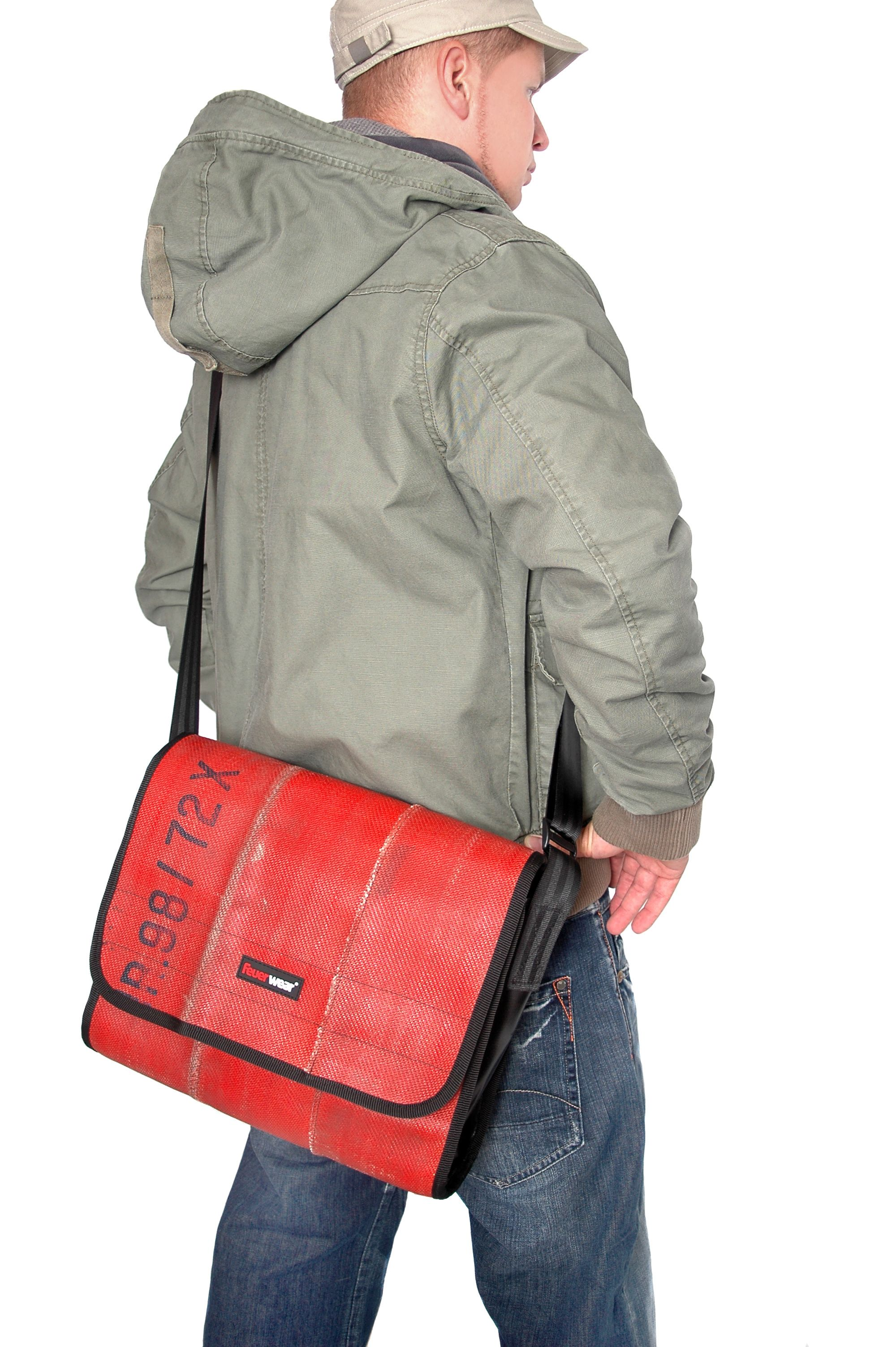 messenger bag recycled materials