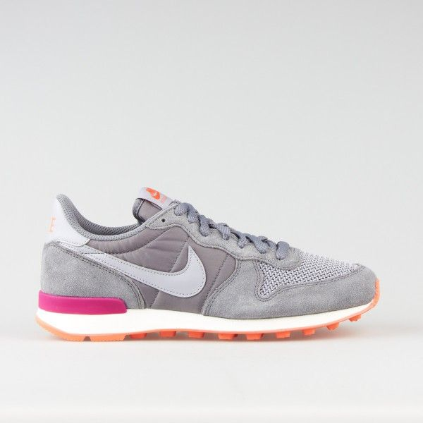 Wmns Nike Internationalist CL Grey Wolf Grey | Nike