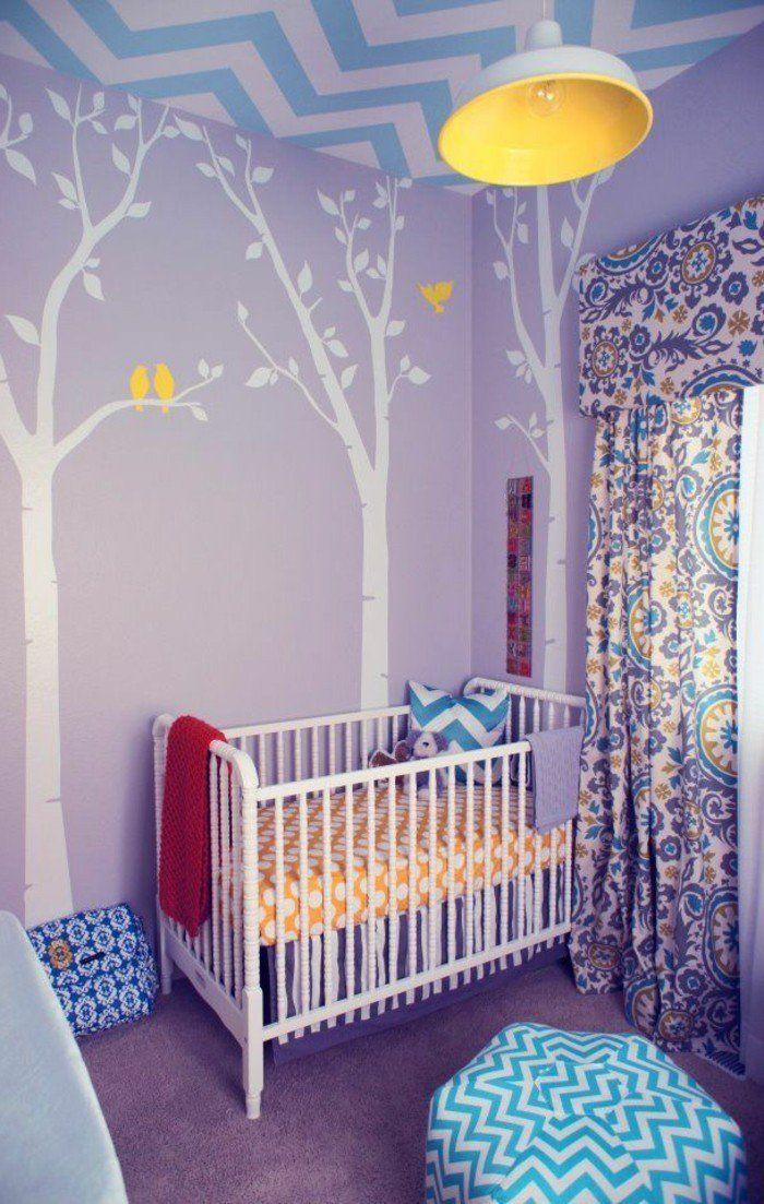 chambre bébé mixte, chambre bebe pas cher, murs violets ...