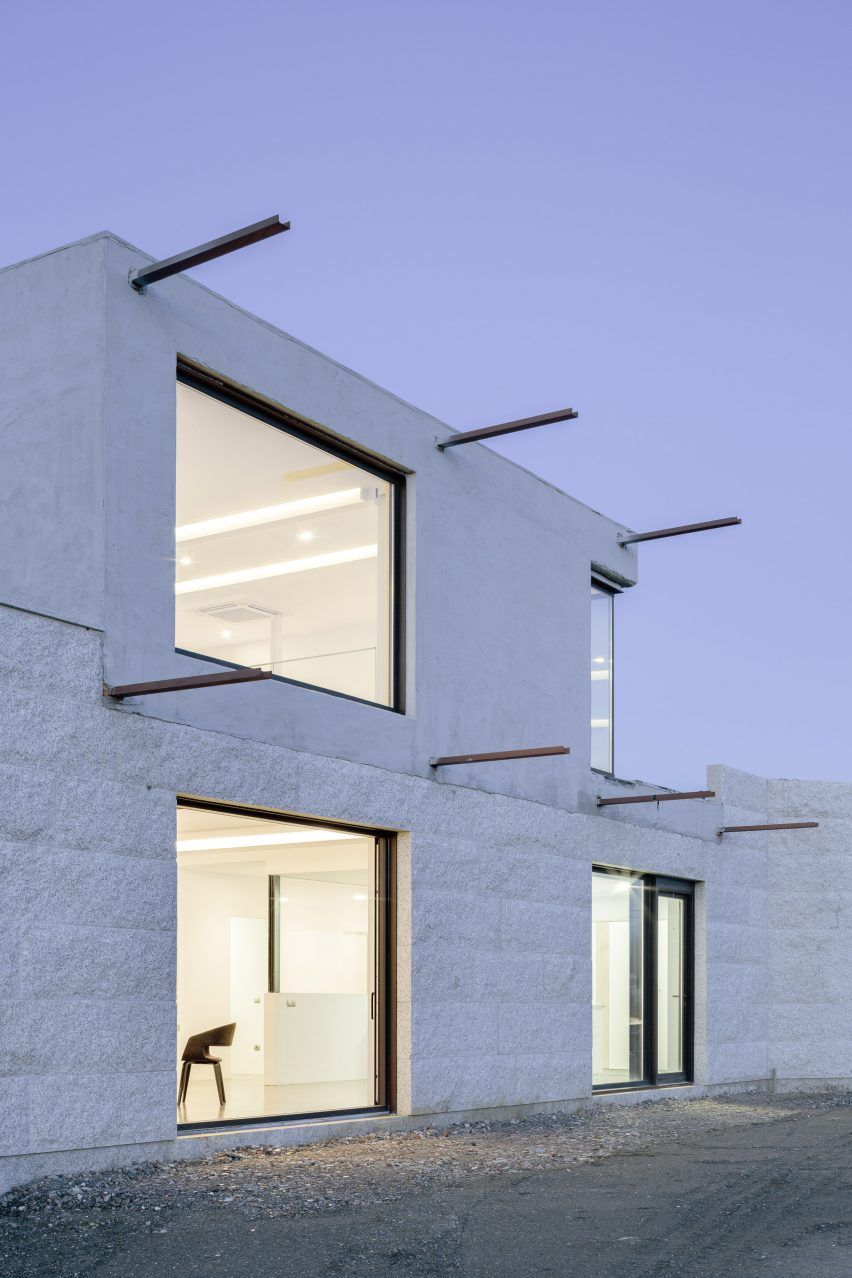 Marcos Miguélez was asked to create the first home for a young couple with an interest in contemporary architecture.