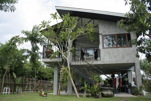 Luv It Concrete House House On Stilts House Exterior