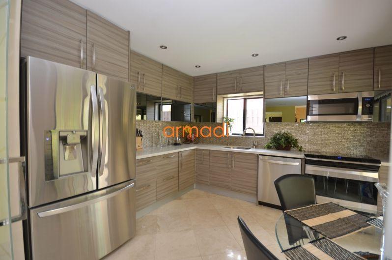 Best Kitchen Design Used Kitchen Cabinets Elegant Kitchens 640 x 480