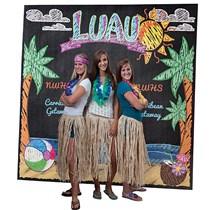 Hawaiian Theme Party: Have a Hawaiian Luau Party - Shindigz #70sthemeparties Hawaiian Theme Party: Have a Hawaiian Luau Party - Shindigz #hawaiianluauparty