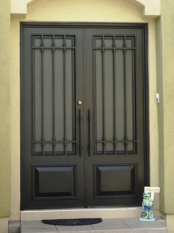Galeria puertas modernas 12 id 2 aberturas en 2019 - Puertas forja exterior ...