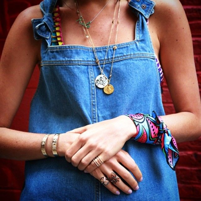 5 Ways To Reinvent Your Accessories | Turn A Scarf Into A Bracelet