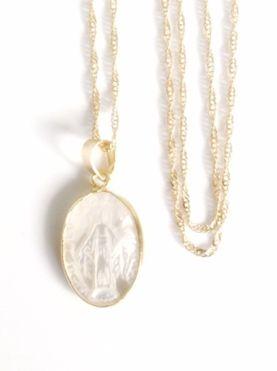 Mother of pearl miraculous gold virgin mary pendant necklace virgen mother of pearl miraculous gold virgin mary pendant necklace virgen de la milagrosa virgin mary pendant aloadofball Image collections