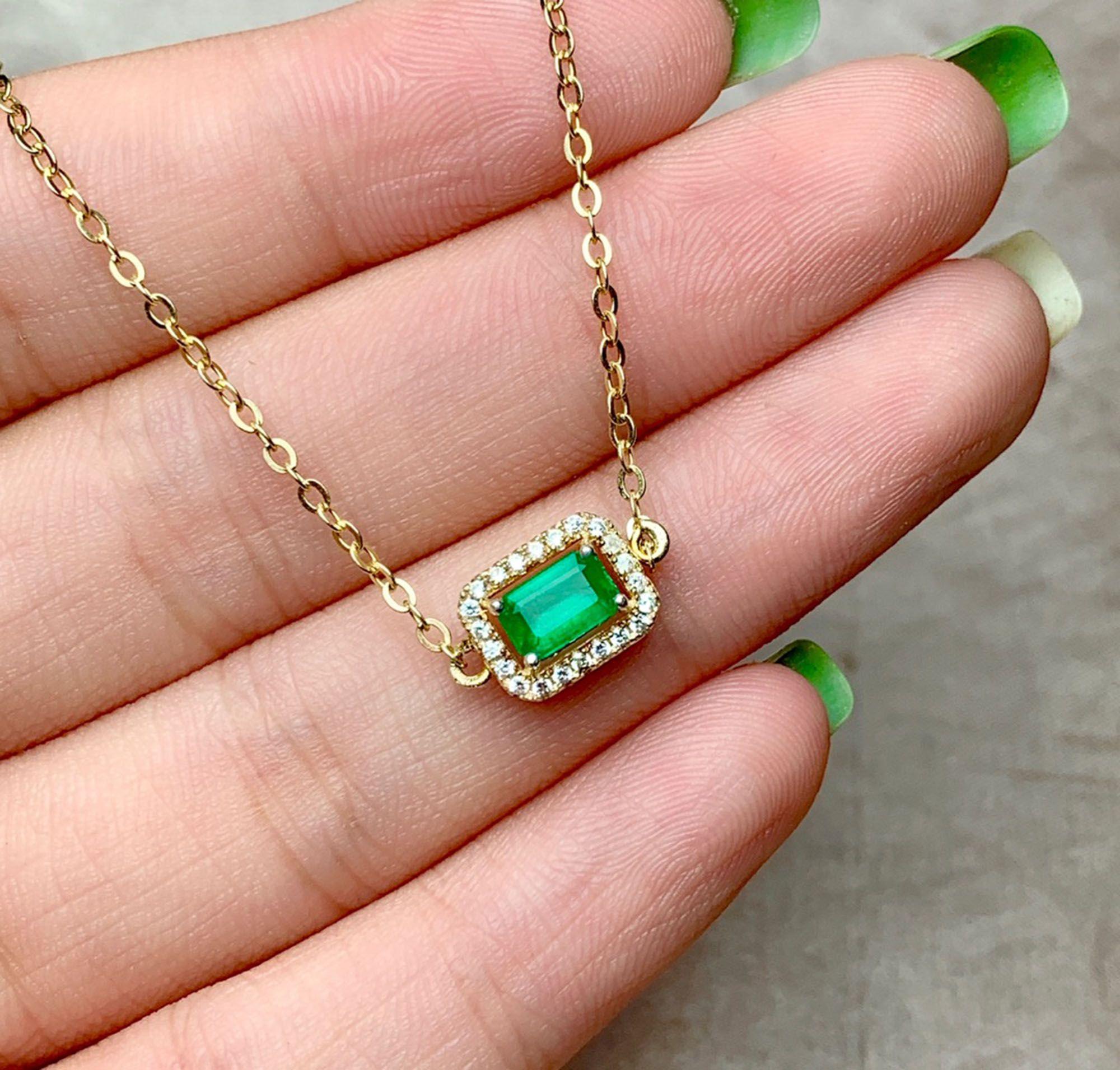 Rectangle Aaa Natural Emerald Necklace Pendant Statement Etsy Emerald Necklace Emerald Necklace Pendant Emerald Bracelet