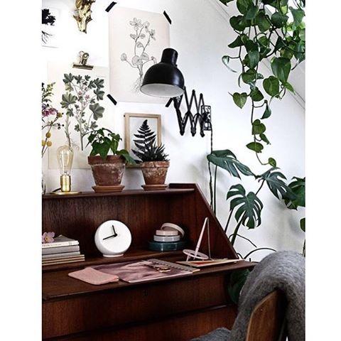 ideal work space!  Regram: @frk.overspringshandling
