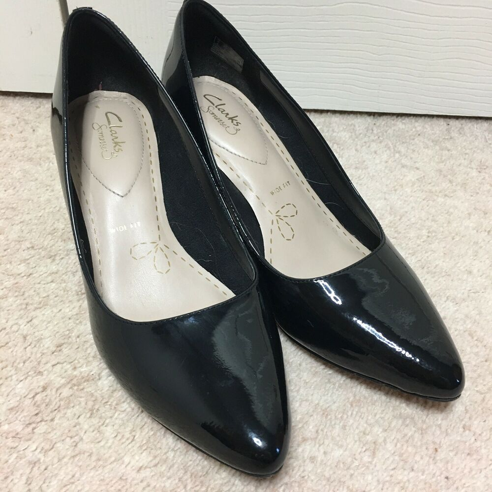 Clarks Somerset Black Shoes Size 6 Wide Fit Patent Leather Kitten Heel Pointed Ebay Black Court Shoes Black Shoes Leather Court Shoes