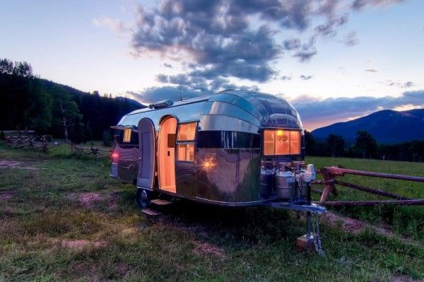 A lot of time and effort is in this amazing home. 1954 airstream to tiny cabin 004 600x399   1954 Airstream Renovated into Timeless Tiny Cabin on Wheels