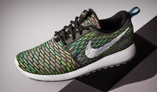 33250d5b2f5f THE SNEAKER ADDICT  Design Your Own Nike Roshe Run Flyknit Sneaker (Im..