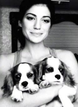 Aww, Gen with puppies <3