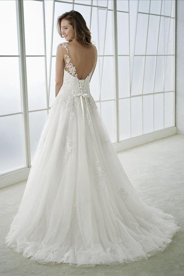 Brautkleid Prinzessin mit Schnürung in 2020 | Kleid ...