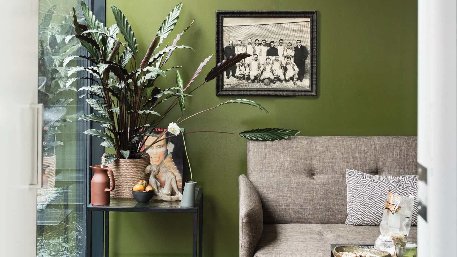 These Are The Most Popular Living Room Paint Colors For 2019 Paint Colors For Living Room Living Room Paint Living Room Colors