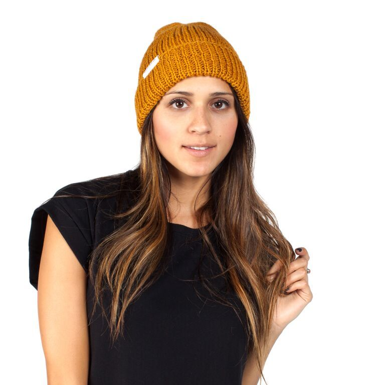 'the Eliza' is one of our softest and slouchiest beanies, making it a staff favorite here at KK intl. HQ.