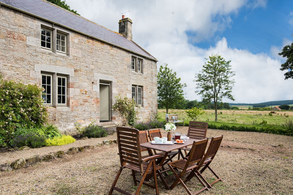 Limeworks Cottage Holiday Home, Lowick   Crabtree