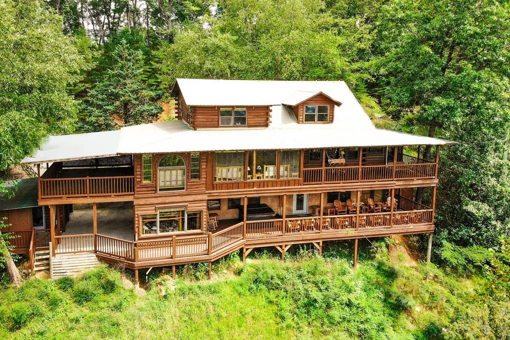 Tennessee Treasure 10 Bedroom Cabin Rental Vacation In