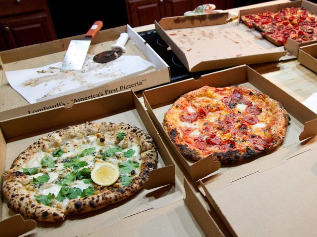 Manner Matters: How to Order Pizza for a Group | Serious Eats