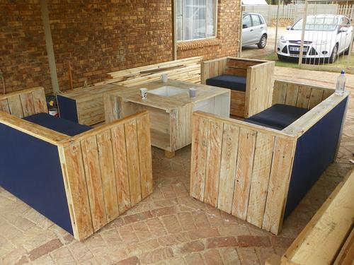 Patio Furniture Tersia Set 2 X 2 Seaters 1 X 1 Seater 1 X 1crate Table 1 X 4crate Table Furniture Furniture Sets Outdoor Storage