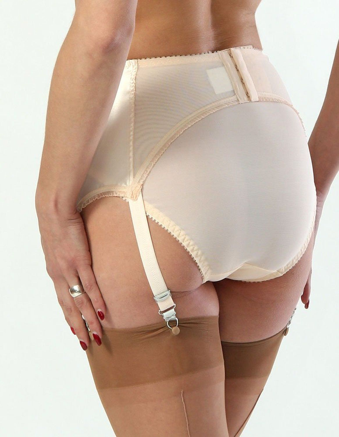 b7124f44d Amazon.com  What Katie Did Harlow Vintage Peach Deep Suspender Belt  What  Katie Did  Clothing