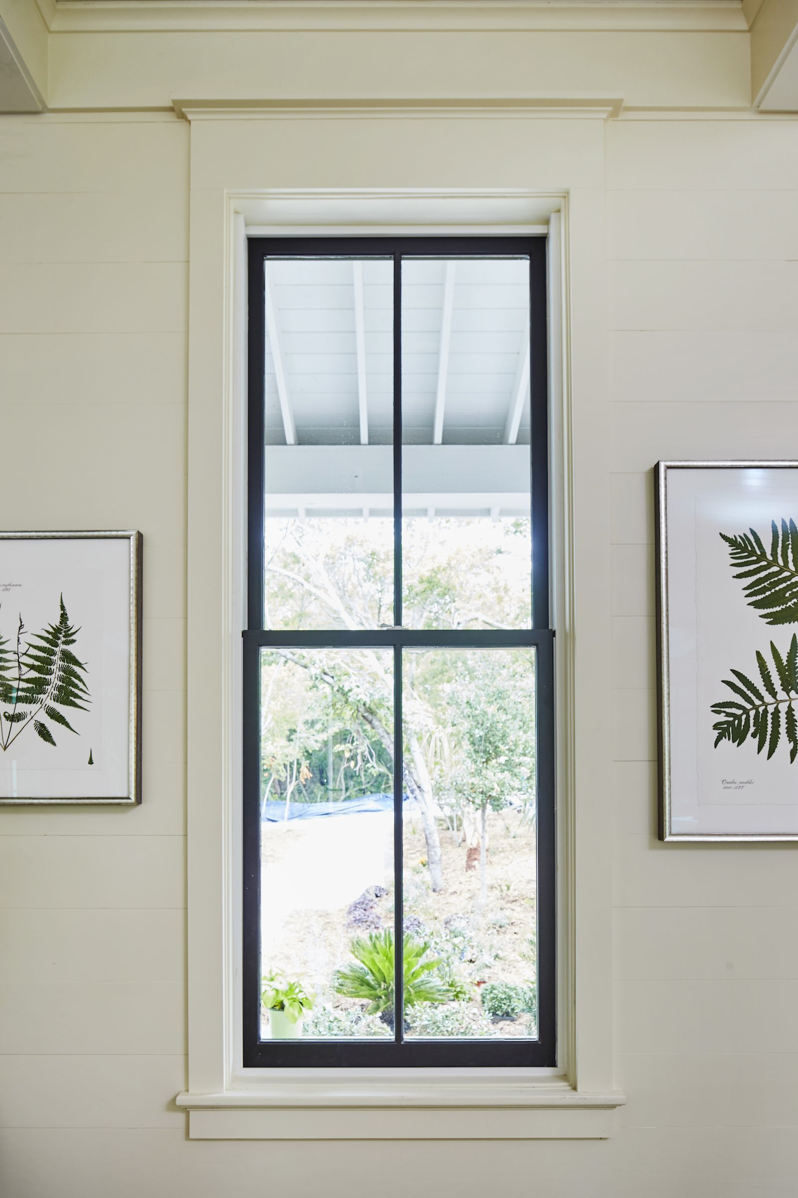Mixing Window Finishes For A Barely There Look Interior Window Trim Black Window Trims Interior Windows
