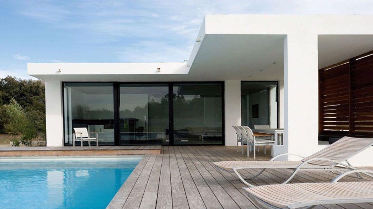 Pingl par ali cherifi sur architecture interior design for Modele villa moderne
